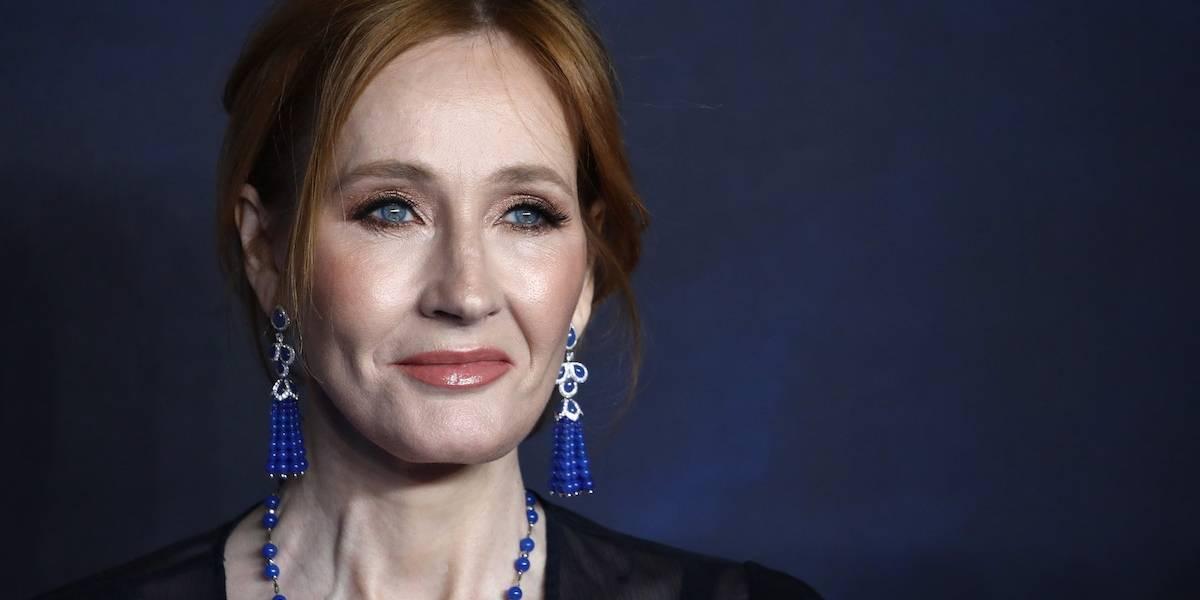 Acusan de transfóbica a J.K. Rowling tras polémico tuit contra la identidad de género