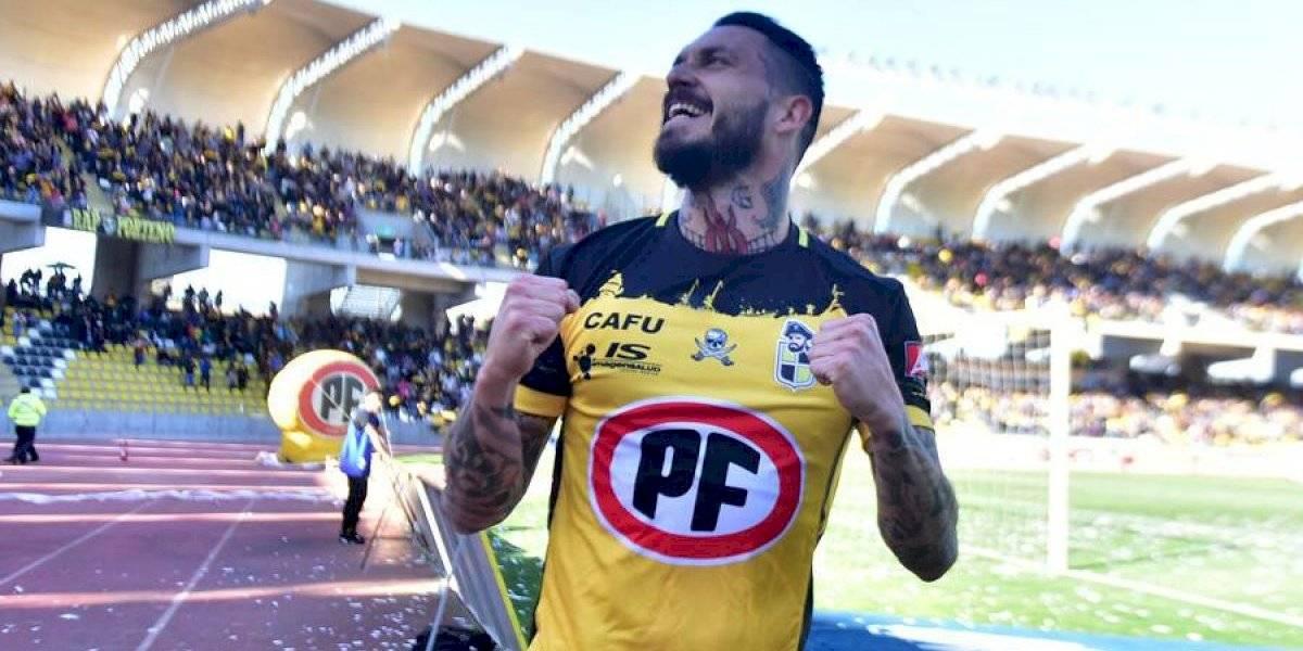 """Mauricio Pinilla: """"He decidido alargar mi carrera futbolística un año más"""""""