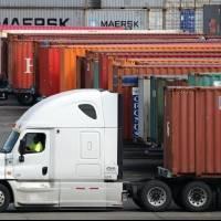 Camioneros advierten que paralizarán sus labores hasta que se honren sus tarifas
