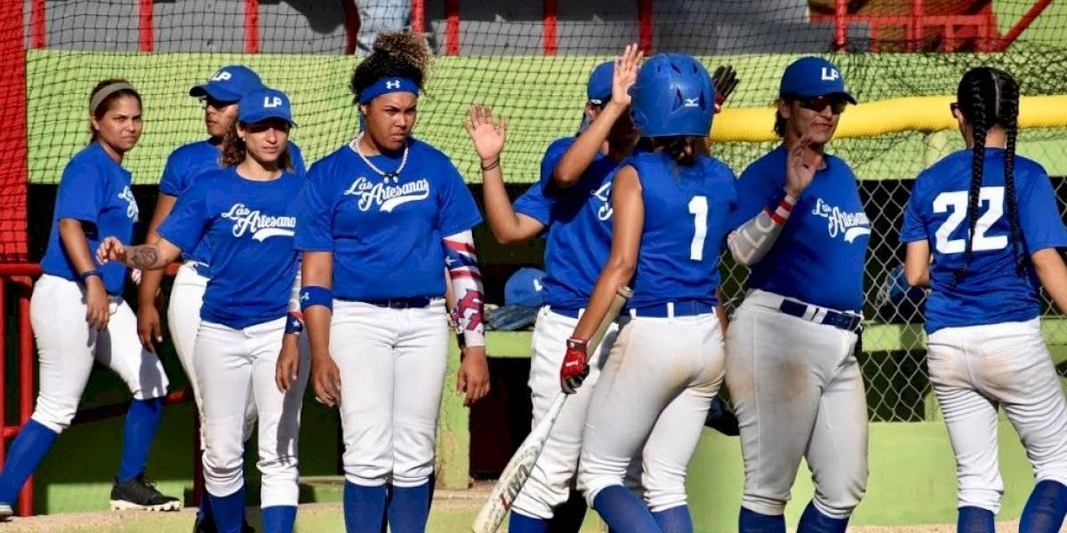 Reanudan la final del béisbol femenino en Las Piedras