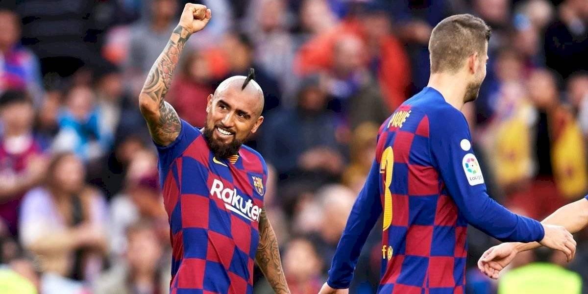 De la mano del Rey Arturo Vidal, Barcelona golea y se pone en la punta de La Liga