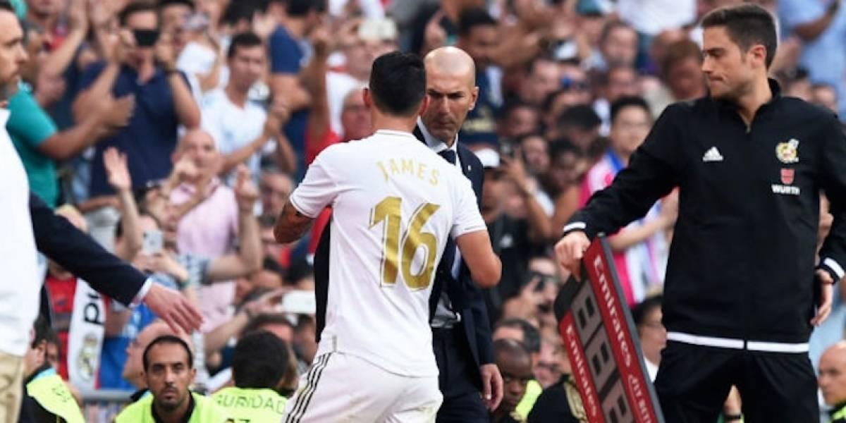 Zidane niega que el Real Madrid vaya a fichar a un delantero