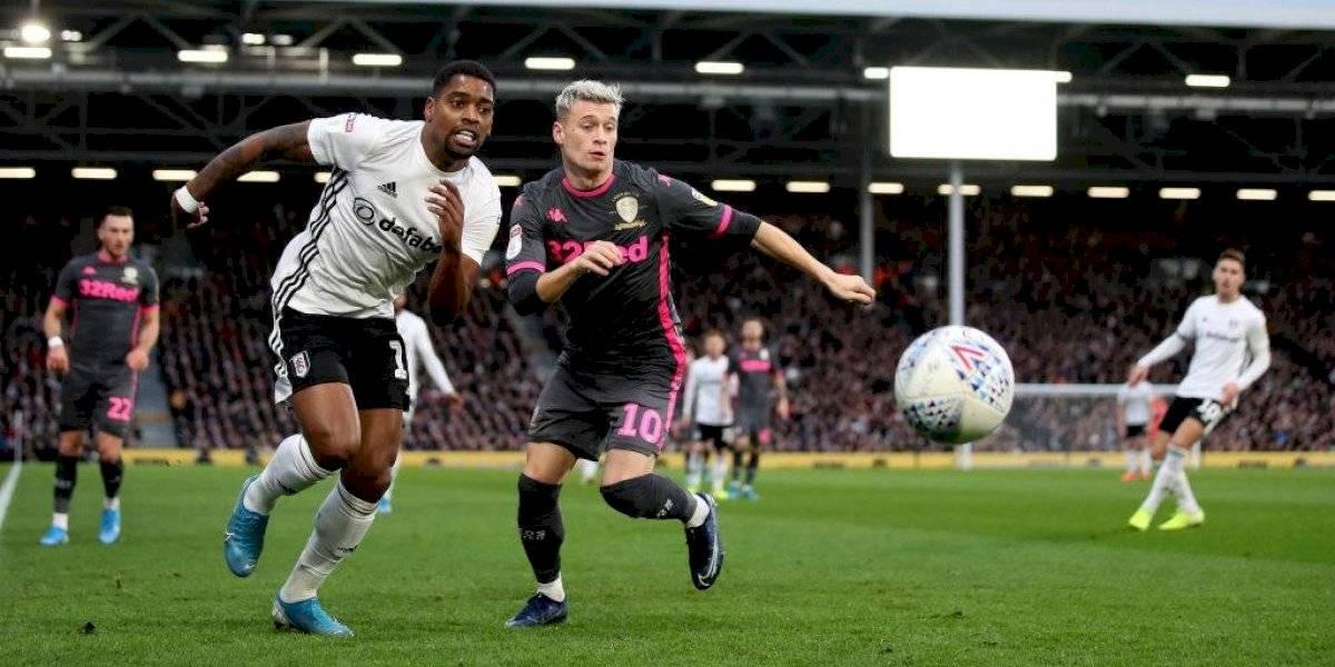 Leeds de Marcelo Bielsa enredó puntos en la Championship y se mantiene como escolta