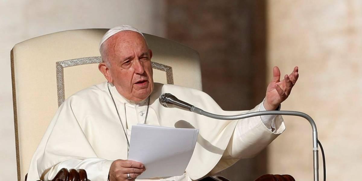 Papa Francisco: 'mulheres são sacrificadas pela pornografia'