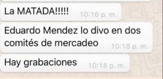 2. Jaime Pineda a Eduardo Méndez en evento de directivos
