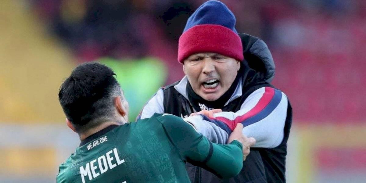 Al Pitbull se le salió la cadena otra vez: Gary Medel encaró a su entrenador en plena cancha