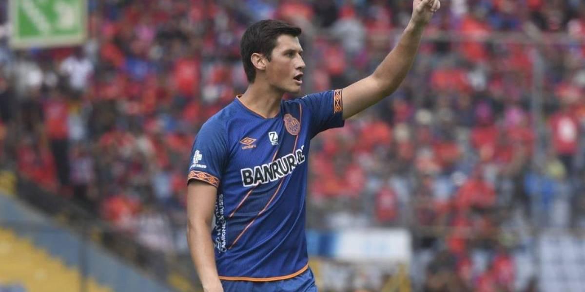Nicholas Hagen podría jugar en el extranjero