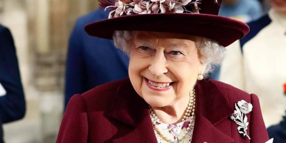 Hasta siete cambios de ropa realizará la reina Isabel II en Navidad