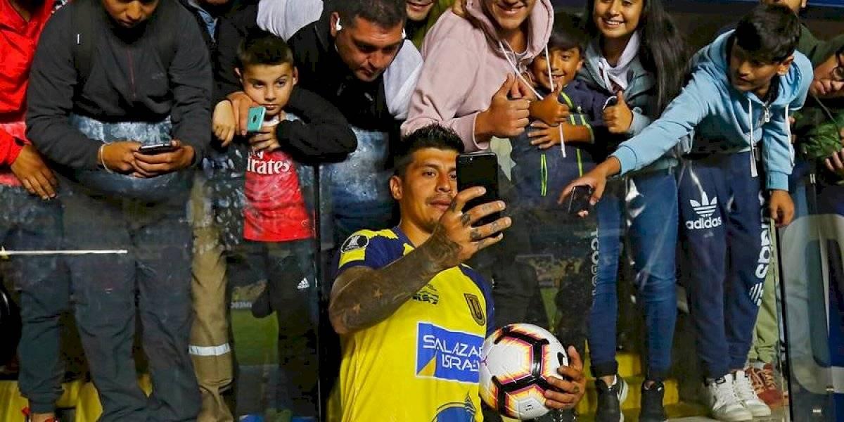 Tremendo golazo del Pato Rubio postula a ser el mejor de la Copa Libertadores