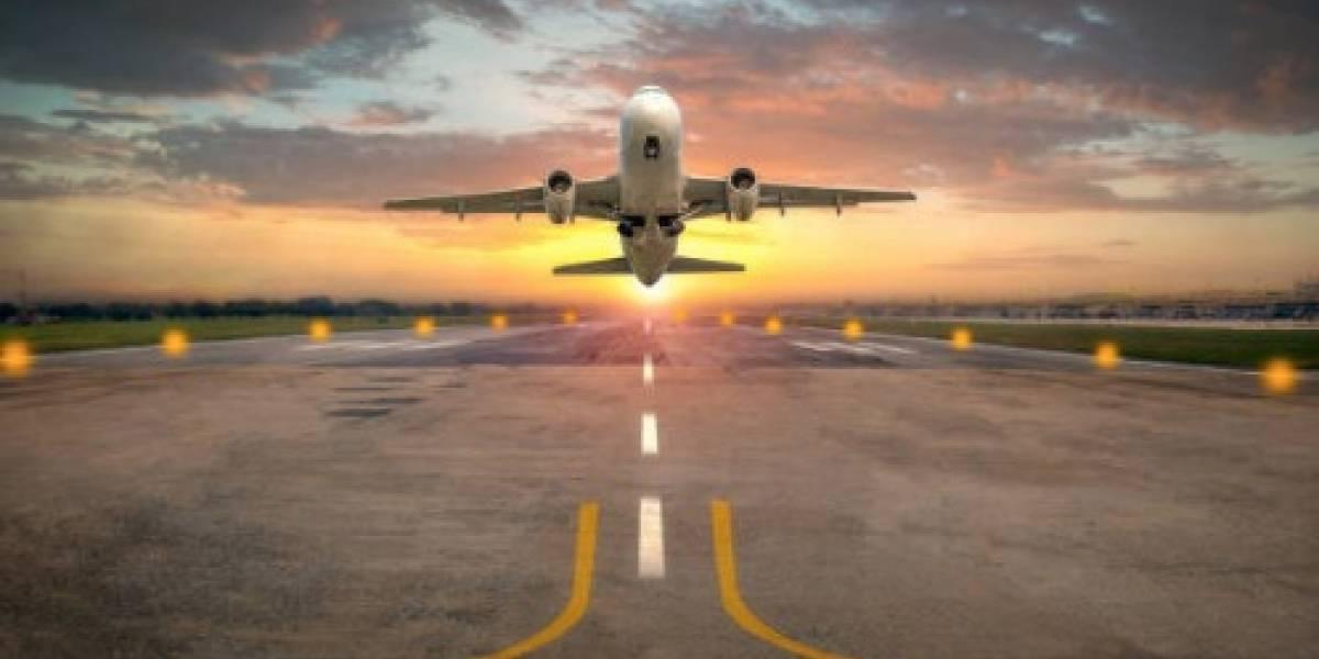Ciudadana indignada por cantidad de personas dentro de vuelo que salió de Puerto Rico