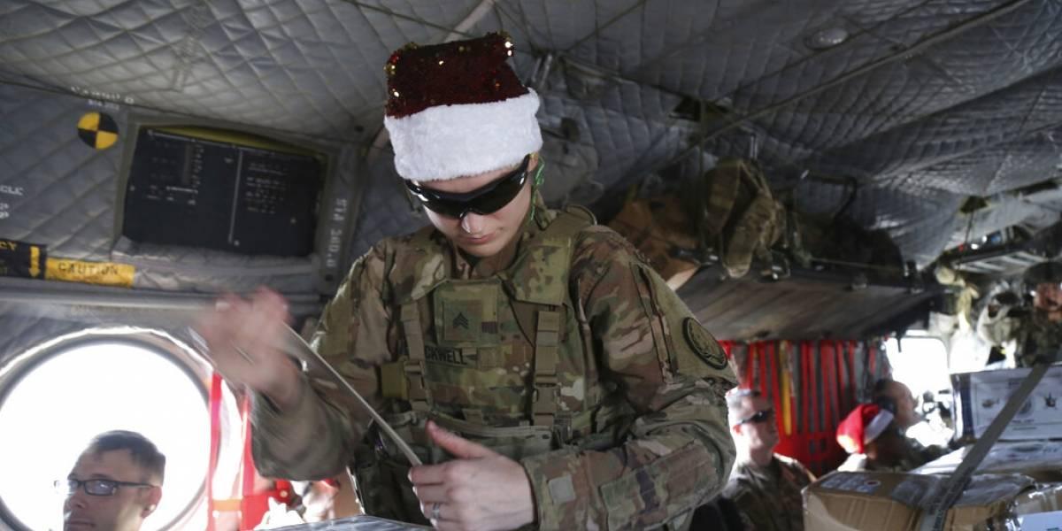Soldados de Estados Unidos en Siria reciben regalos navideños