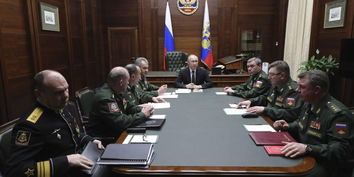 Putin afirma que Rusia lidera el mundo en armas hipersónicas