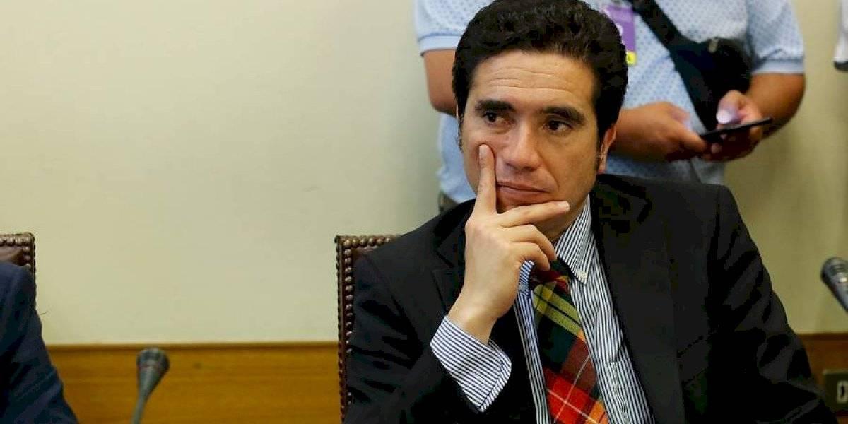 """Ministro de Hacienda no se complica por el puente Chacao: Briones dice que """"es bastante común que ocurran estas diferencias"""""""