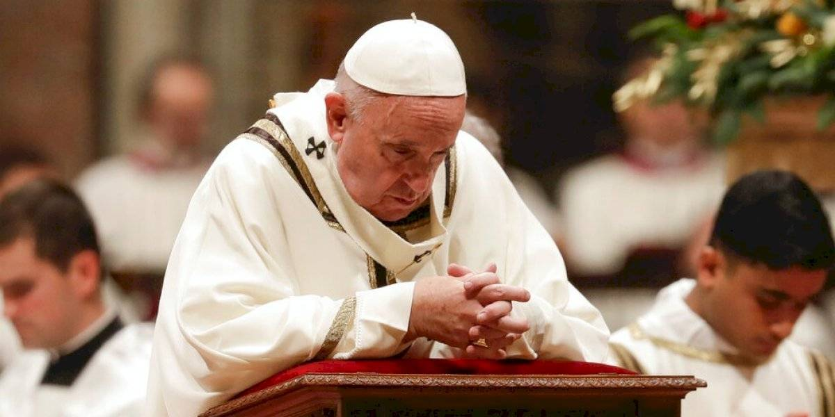"""""""Tantas veces perdemos la paciencia, a mí también me ocurre"""": Papa Francisco ofrece disculpas tras dar manotazo a mujer"""