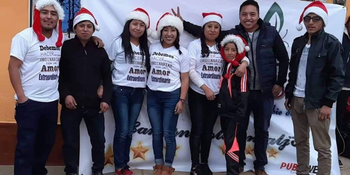 El noble gesto navideño de un grupo de jóvenes con pacientes de hospital