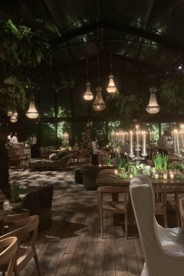 La decoración con madera fue el tema central de la fiesta de Navidad de las Kardashians