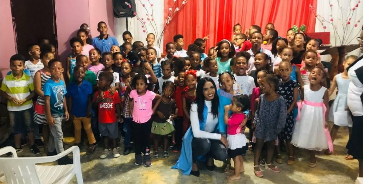 Fundación Cristales de Alegría realiza entrega de juguetes en El Almirante