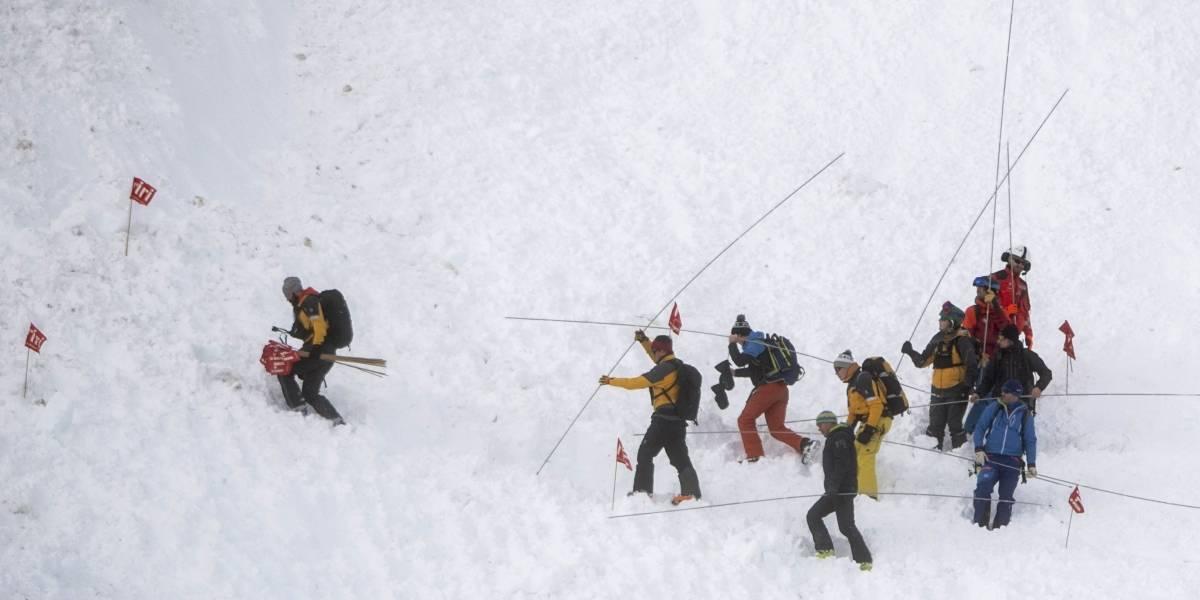 Dos heridos luego de avalancha en pista de esquí en Suiza