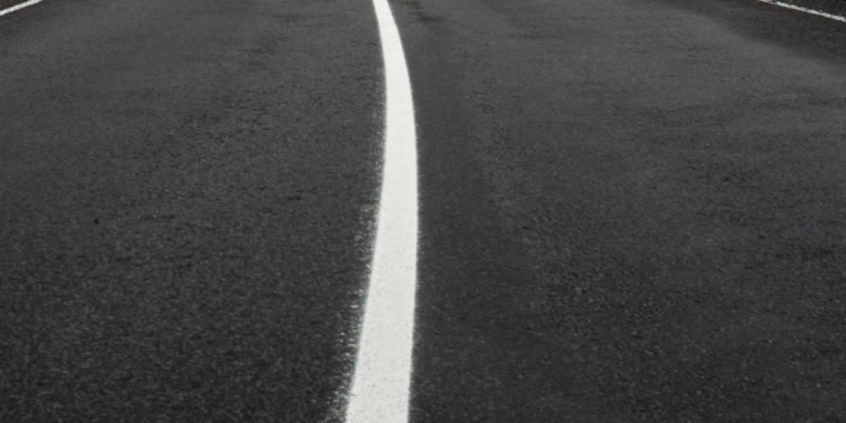 Vía Alóag-Santo Domingo: Captan a conductor de bus rebasando en plena curva