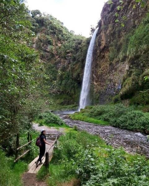 Cascada Condor Machay