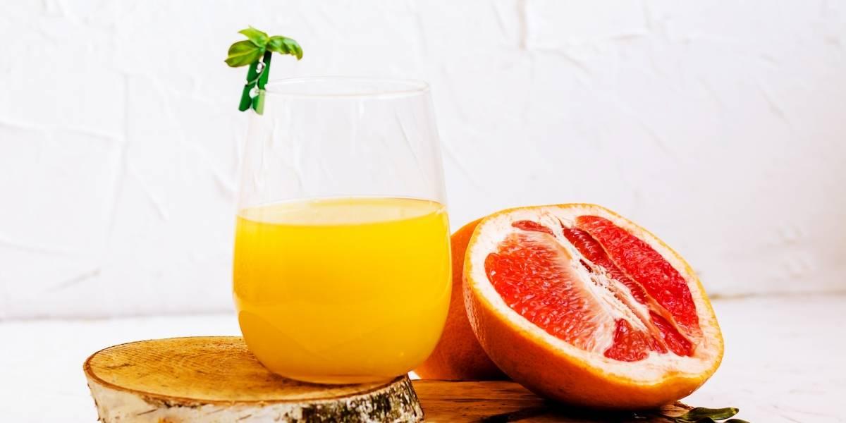 Suco de maçã, toranja e abacaxi para perder peso