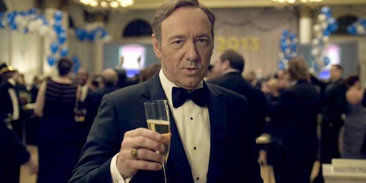 """Kevin Spacey reaparece en un extraño video navideño inspirado en """"House of Cards"""""""