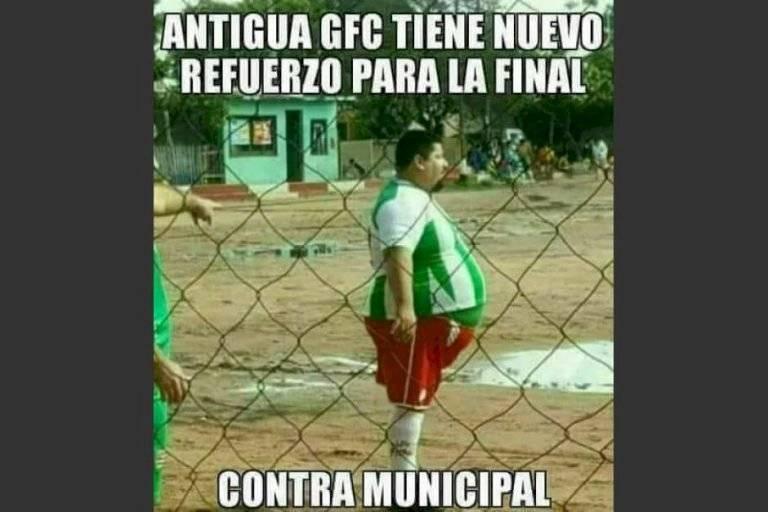Memes del partido entre Antigua y Municipal