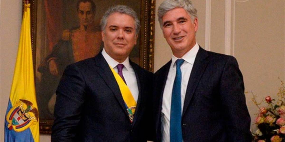 El presidente Iván Duque se queda sin MinSalud