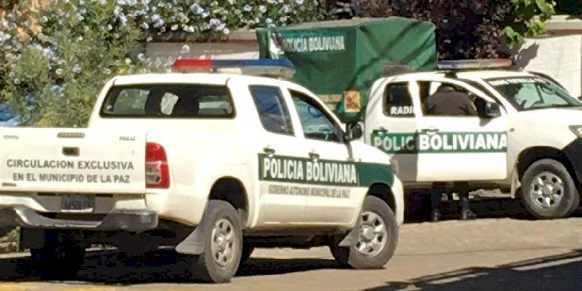 Policía boliviana detuvo autos de diplomacia española, confirma SRE
