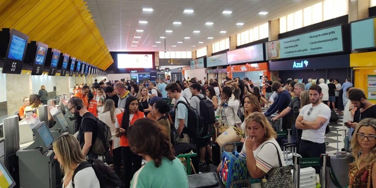 Aeroporto de Congonhas deve receber 350 mil pessoas até a virada do ano
