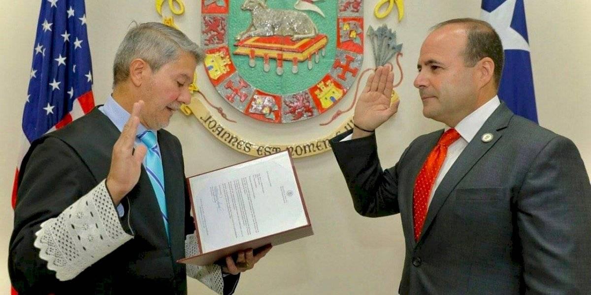 Juramenta Elmer Román como secretario de Estado