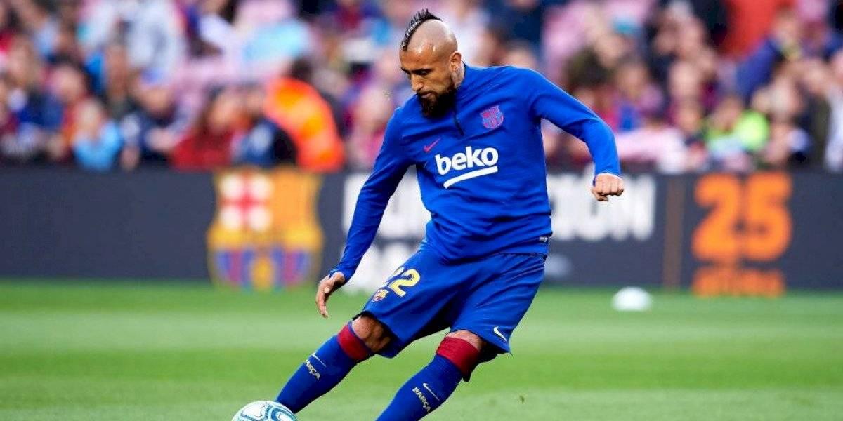 Arturo Vidal anotó un golazo de cabeza en empate de Barcelona