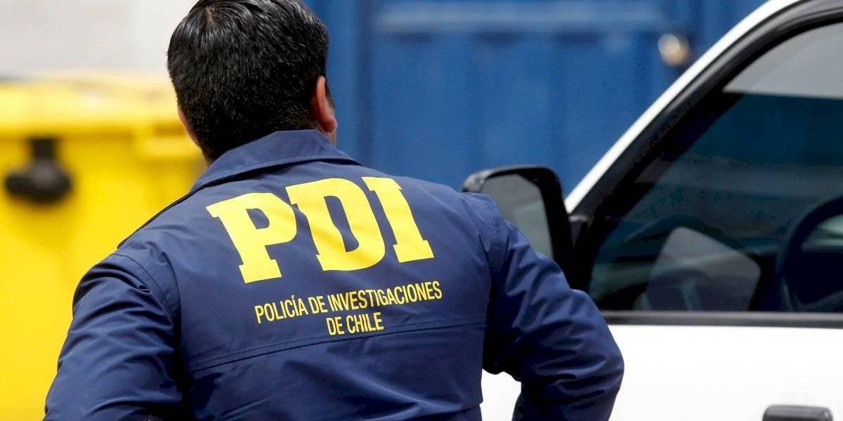 Recibió 4 disparos en las piernas: funcionario de la PDI resultó herido tras repeler asalto en su casa