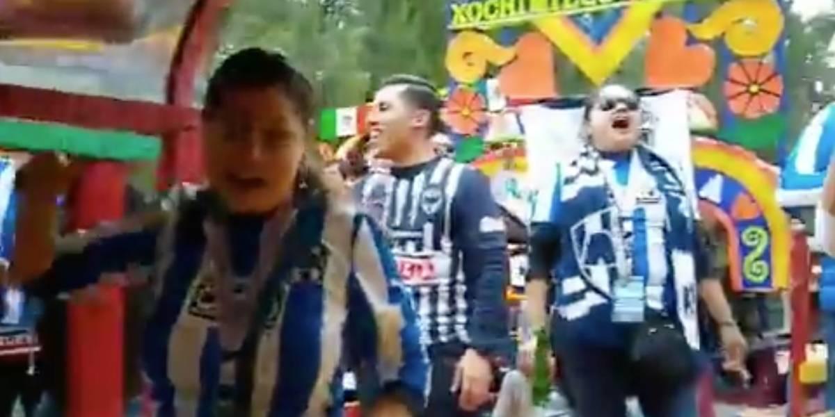 VIDEO: Aficionados de Rayados celebran en Xochimilco previo a la final