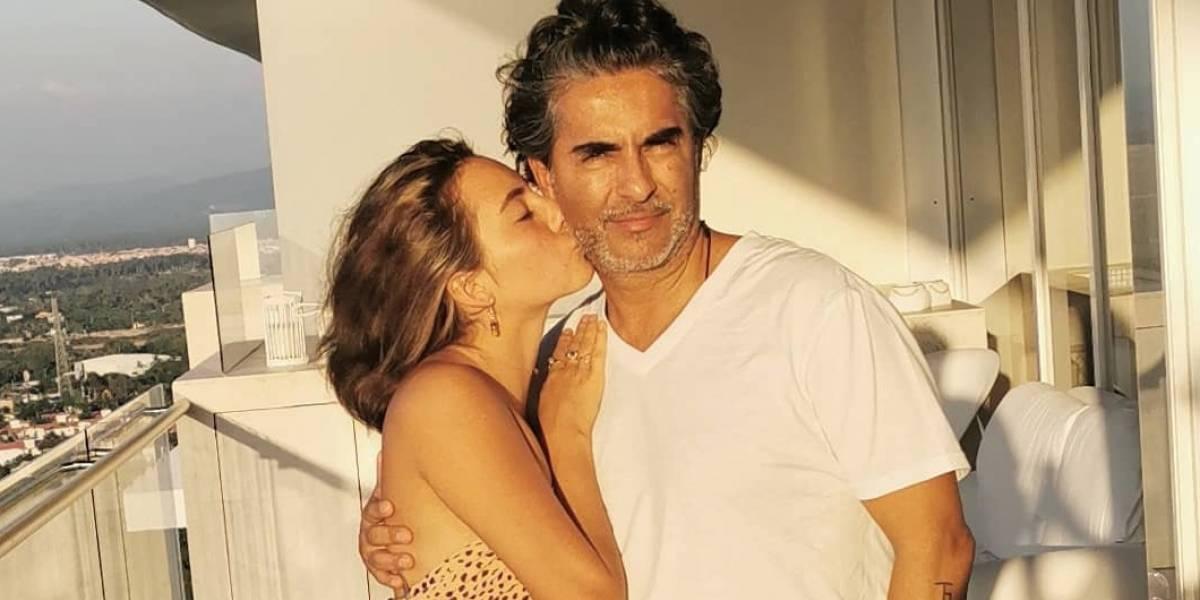 Raúl Araiza regaña a su hija por usar diminuto bikini