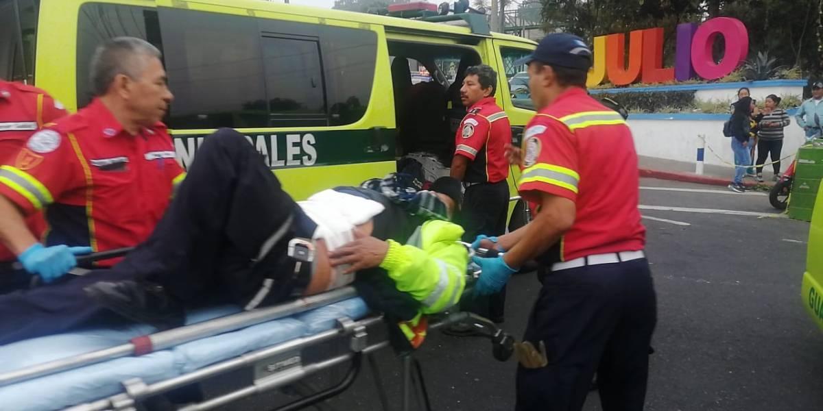 Fallece agente de PMT herido en balacera en Mixco