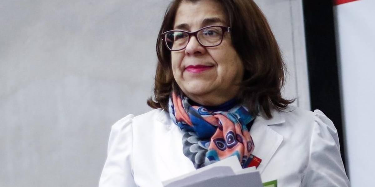 Minsal pide la renuncia a seremi Rosa Oyarce y se incorpora a coordinación de plan coronavirus