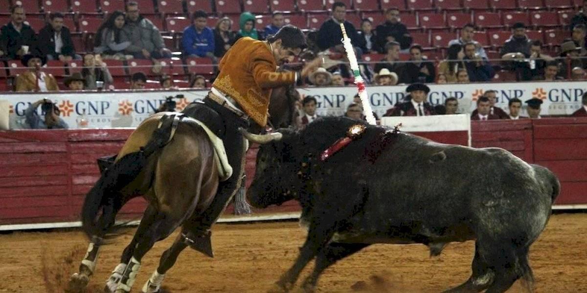 Un toro indultado, lo más destacado en décima corrida de la Temporada Grande