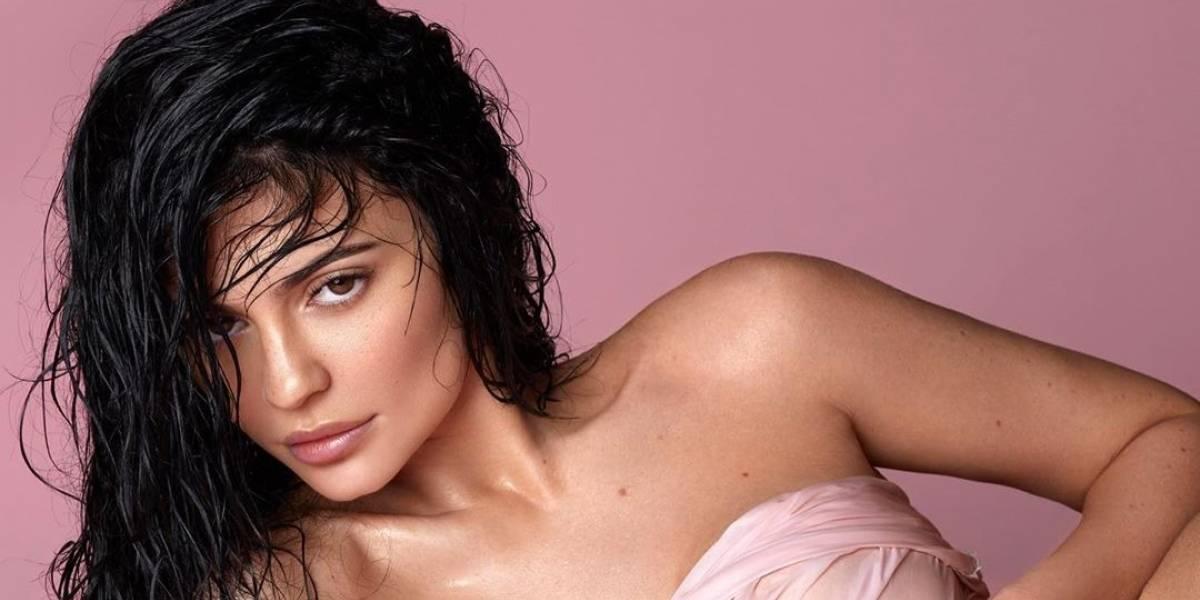 ¡Sorpresa! Kylie Jenner te quita el frío en una sensual foto