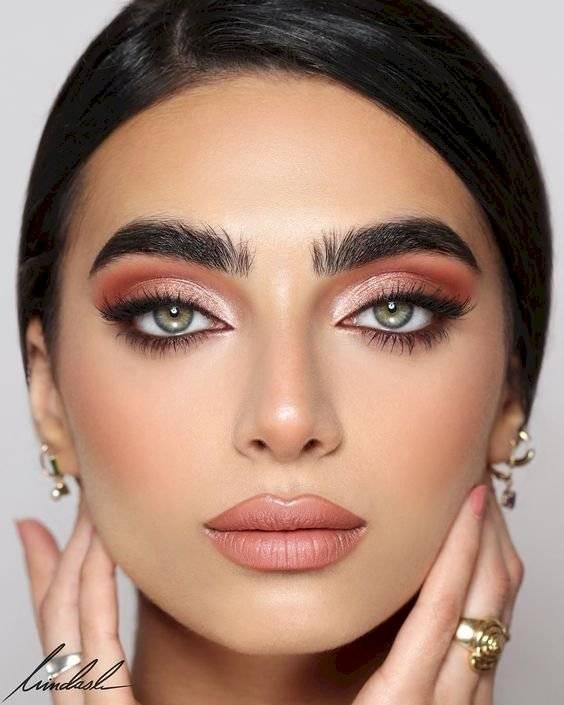 maquillaje de ojos para Año Nuevo