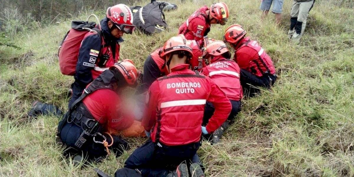 Parapentista sufrió accidente en el cerro Auqui, oriente de Quito