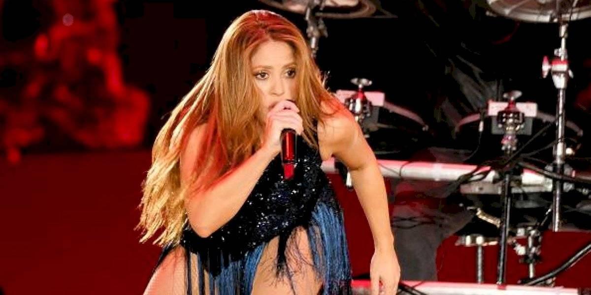 La 'panza' de Shakira, la cena navideña le hizo efecto