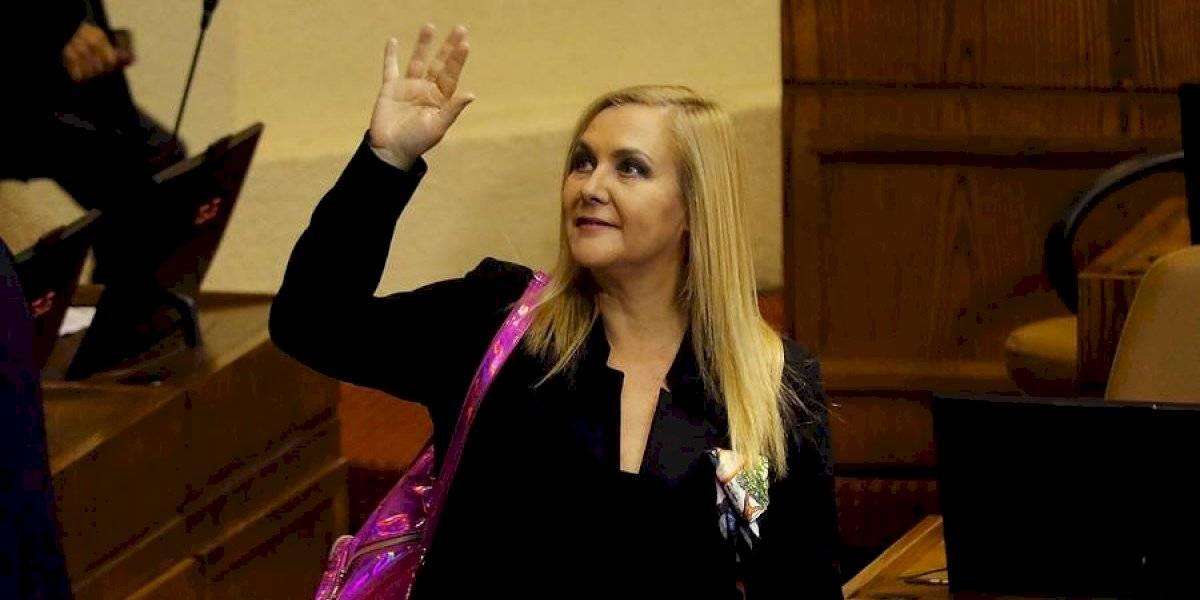 """""""No pueden esperar a Mañalich"""": Pamela Jiles defendió a Cathy Barriga tras polémica por confirmación de segundo fallecido por coronavirus"""
