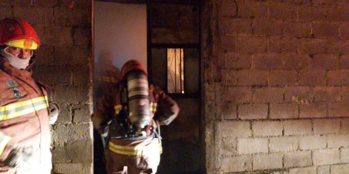Pareja de ancianos muere tras incendiarse su vivienda en zona 18