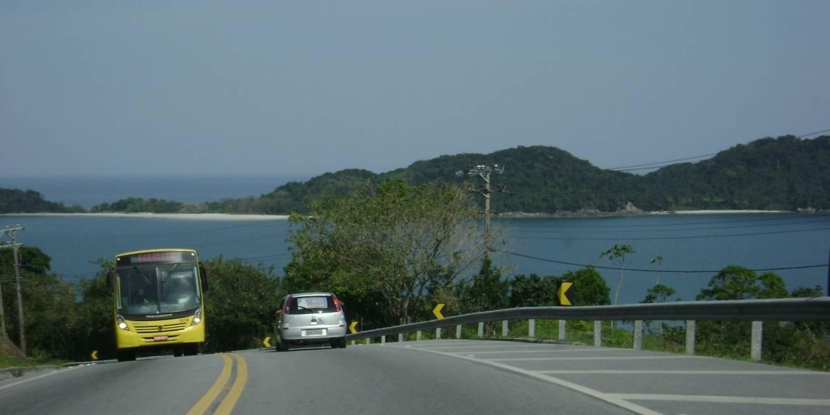 Trânsito para o litoral é intenso nas principais rodovias paulistas
