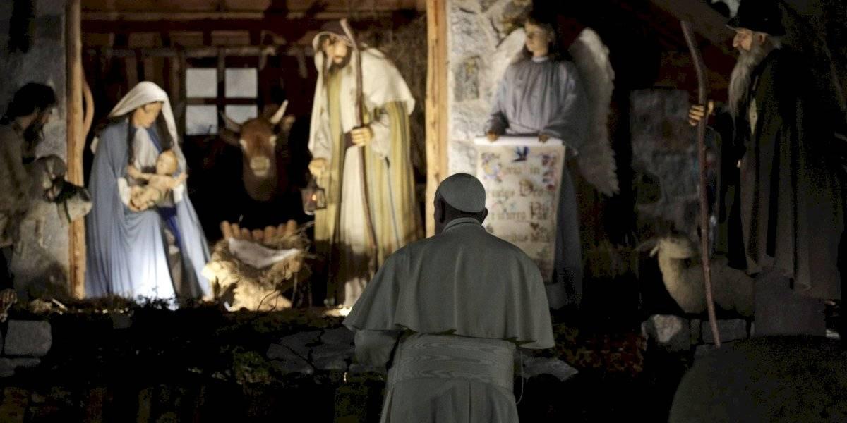 Papa Francisco se disculpa por golpear mujer en la mano