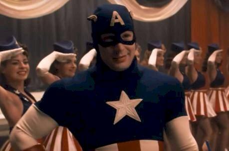 """Actriz de """"Capitán América"""" fue detenida por supuesto asesinato de su madre Internet"""