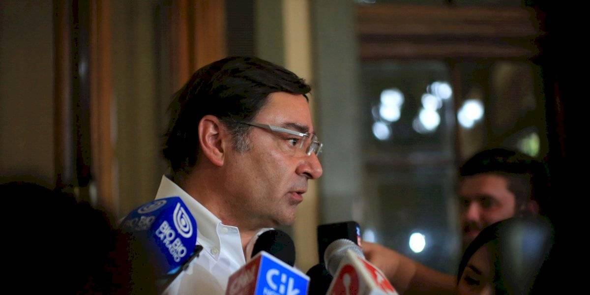 """Guevara por medidas ante mayor salto del coronavirus en Chile: """"No es tan simple hacer un cordón sanitario"""""""