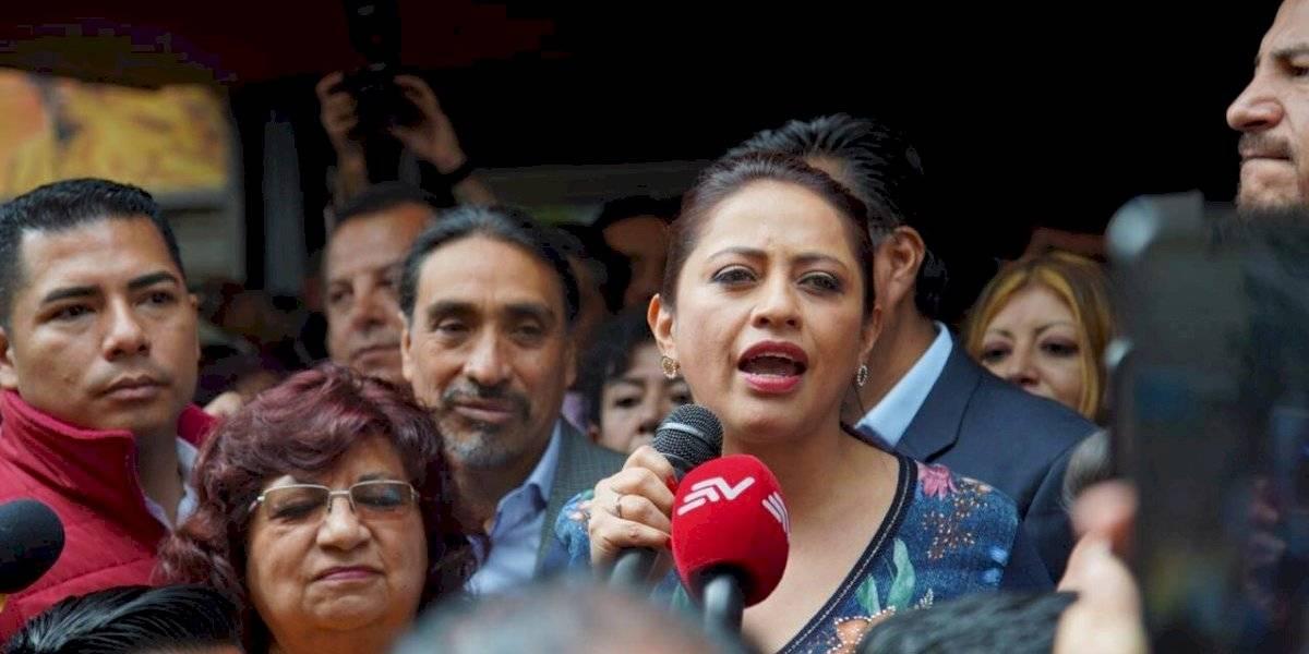 """Paola Pabón: """"vamos a enfrentar la recuperación de la patria en las urnas, sin violencia"""""""