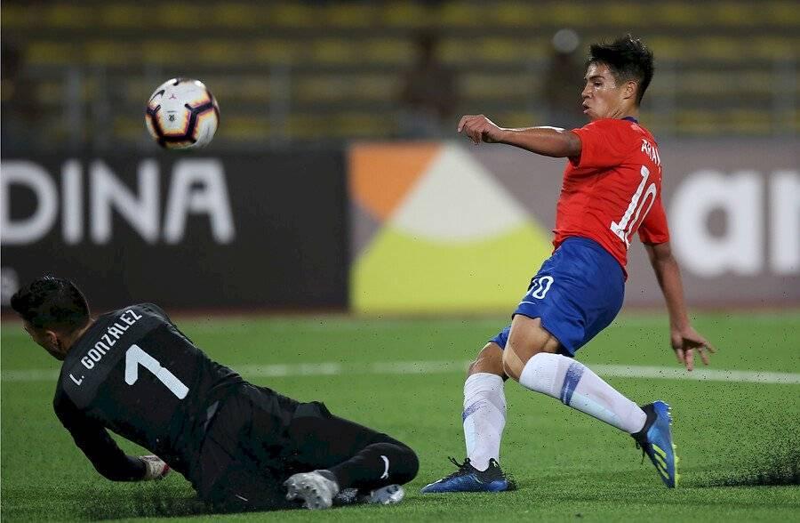 Aravena tuvo un destacado 2019 jugando por la Roja Sub 17 / Foto: Photosport